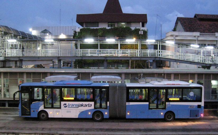 Tips Naik Busway TransJakarta untuk Pertama Kalinya