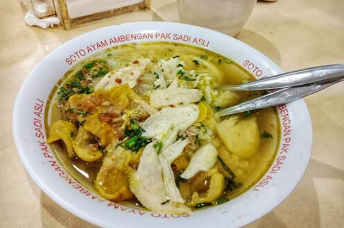 Soto ayam ambengan pak Sadi